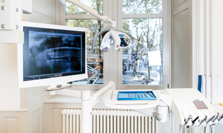 Modern equipment in the dental clinic of Dr. Markus Mettler